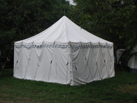 square canvas tent with trim